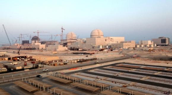 """ОАЕ – АЕЦ """"Барака"""" – Открити са пукнатини в контейнмънта (херметичната обвивка) и на четирите енергоблока"""