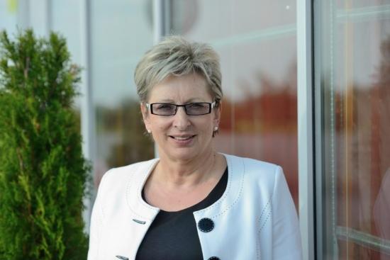 Чехия – Държавата трябва да участва в проектите за изграждане на нови ядрени енергоблокове, заяви министър Марта Новакова