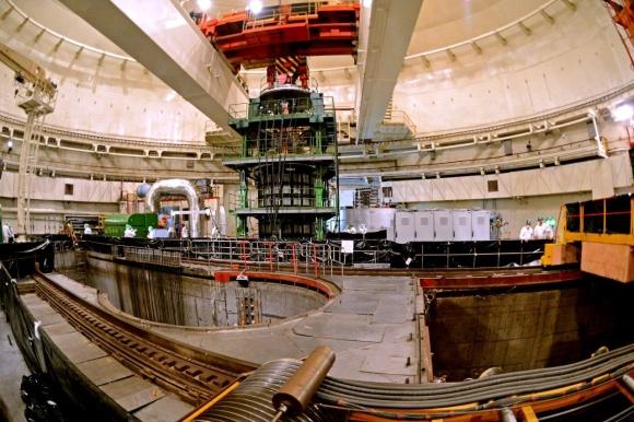 """""""Росатом"""" извърши уникална операция, позволяваща удължаването на живота на реактори с голяма мощност"""