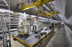 Експериментите на Големия адронен колайдер спряха за две години