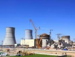 Беларуската АЕЦ се подготвя за зареждане в активната зона на реактора на имитатори на горивните касети