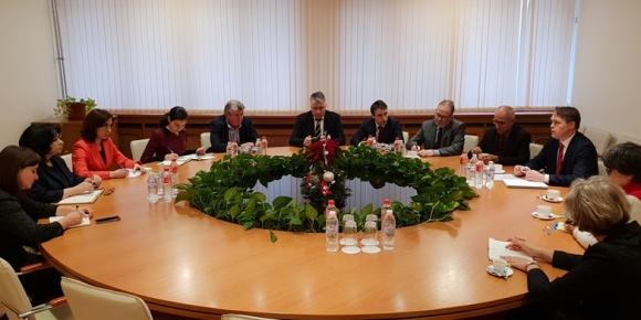 """Министър Петкова и френската компания """"Фраматом"""" очертаха перспективи за разширяване на сътрудничеството"""