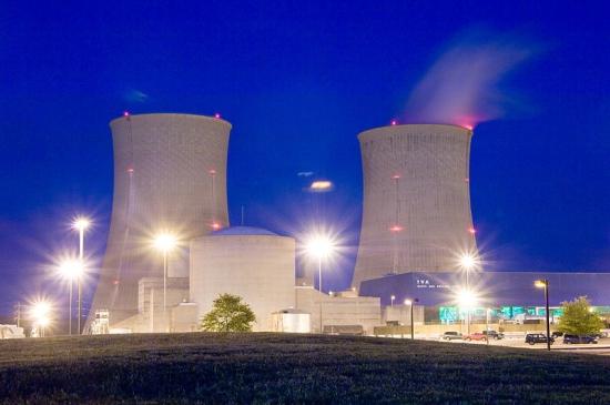 В САЩ ще модернизират остарелите атомни електроцентрали, удължавайки живота им