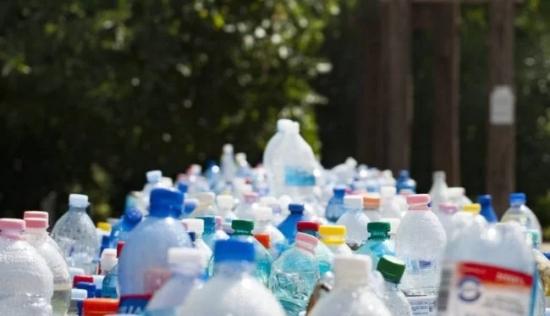 Намерен е прост начин за превръщане на пластмасовите отпадъци в гориво
