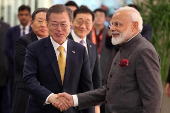 Нарендра Моди – Възможно е Южна Корея да участва в изграждането на АЕЦ в Индия