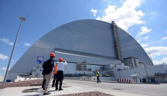 """Чернобилската атомна електроцентрала завърши изграждането на обекта """"Укритие"""""""