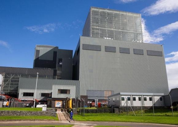 EDF Energy – продължава престоя на ядрения реактор във Великобритания, в корпуса на който бяха открити пукнатини