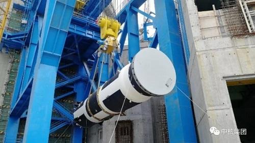 """Китай – На строящия се шести блок на АЕЦ """"Тянван"""" е завършен монтажът на компенсатора на обема"""