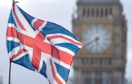Великобритания планира да увеличи ДДС от 5% на 20% на компоненти за домашни слънчеви електроцентрали и системи за съхранение на електроенергия