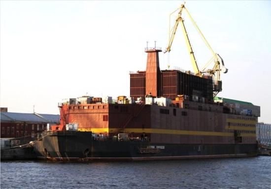 """Мурманск – Завършиха изпитанията на реакторната установка на ПАТЕЦ """"Академик Ломоносов"""""""