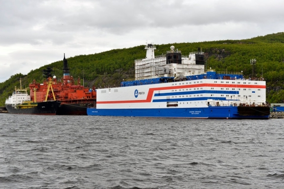 "До края на месеца плаващият енергоблок ""Академик Ломоносов"" ще бъде предаден на собственика – ""Росенергоатом"""