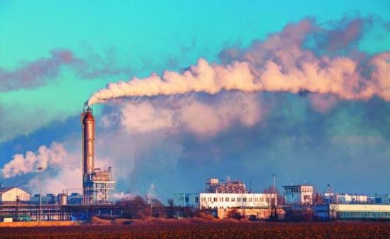 Милиони хора умират всяка година от мръсен въздух. Как да се справим с това?