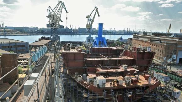 За атомните ледоразбивачи се подготвя топло местенце – в Крим може да се изгради плаващ док