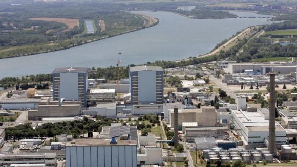 Франция се отказва от разработването на реактор с бързи неутрони от четвърто поколение.