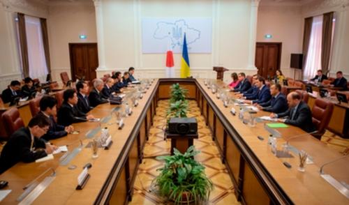Украйна покани Япония да инвестира в Чернобил