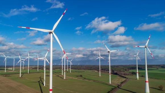 Германия – Разширяването на вятърната енергетика на сушата едва ли напредва