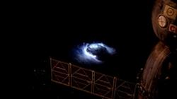 """МКС – Новият ултравиолетов телескоп фиксира първите """"експлозии"""" в земната атмосфера"""