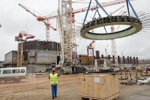 В Курската АЕЦ -2 завърши монтажът на опорната ферма на енергоблок №1