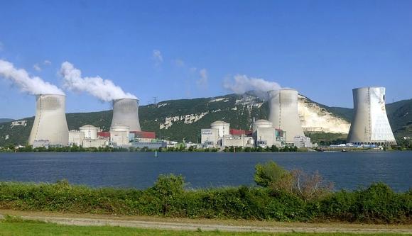 """Франция – Земетресение спря три реактора в АЕЦ """"Cruas-Meysse"""""""