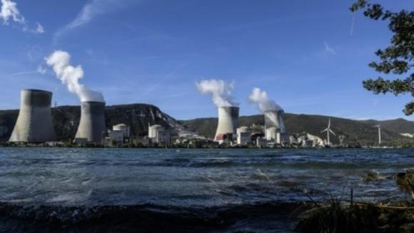 Рестартирането на френската атомна електроцентрала, разположена в зоната на земетресението е отложено за декември