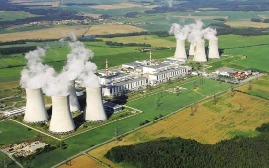 Чешка делегация заминава за Брюксел, където ще обсъди с ЕК строителството на новия ядрен ененргоблок