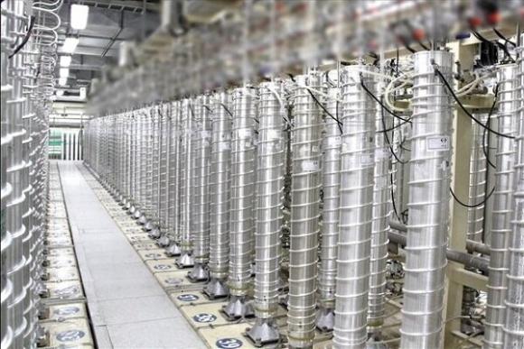 Иран произведе първата партида обогатен уран