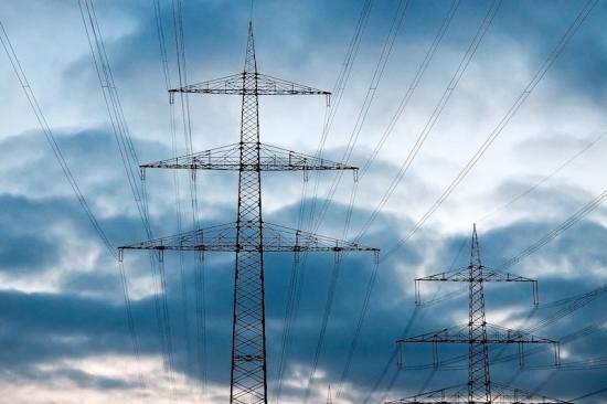 Украйна възобнови купуването на електроенергия от Русия