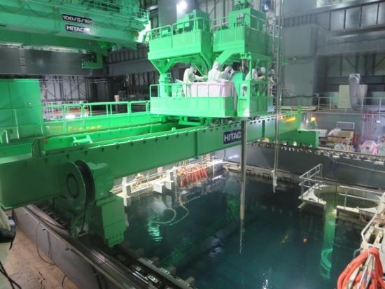 """Разработен е план за изваждане на горивото от басейна на първи блок в АЕЦ """"Фукушима-I""""."""