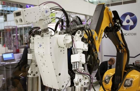 Русия – Първият човекоподобен робот за работа с нискоактивни РАО ще бъде изпитан през 2020 година