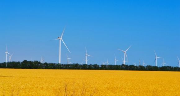 """Украйна инвестира 3,7 милиарда евро в """"зелената"""" енергетика през 2019 година"""