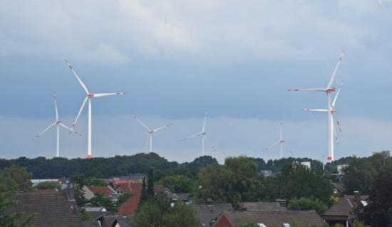 Германците, живеещи в близост до вятърни електроцентрали, ще получат парично обезщетение