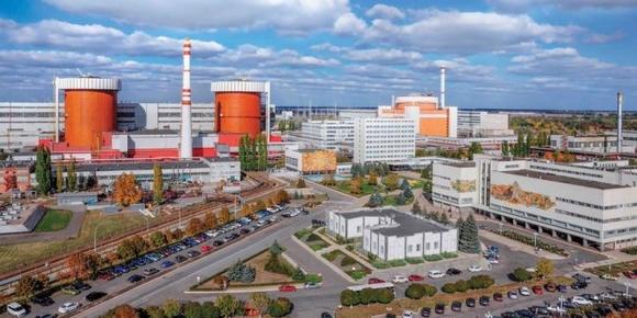 Украйна – В ЮУАЕЦ сработи автоматичната защита, трети енергоблок беше изключен от мрежата.