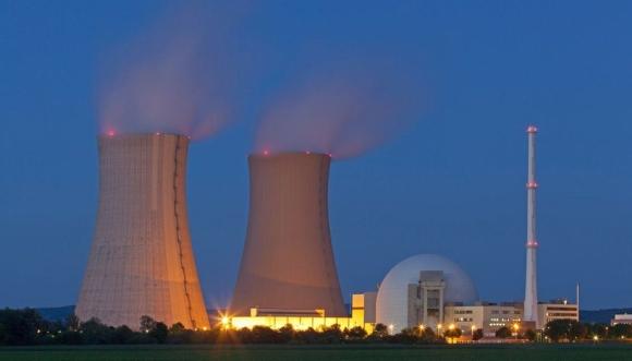 През февруари ЧЕЗ ще започне преговори със заинтересованите от изграждането на ядрен енергоблок, а през март ще сключи договор с държавата