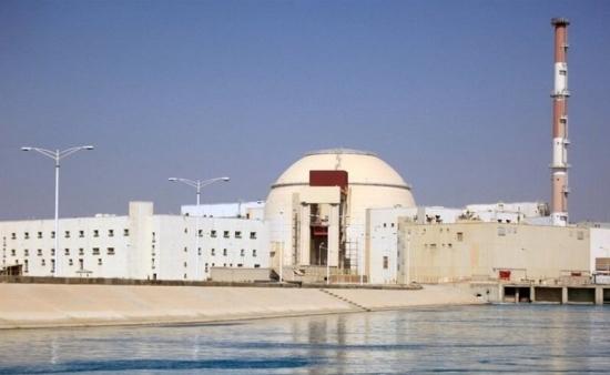 """Иран – АЕЦ """"Бушер"""" – Пристигна новата партида ядрено гориво за презарядка на реактора"""