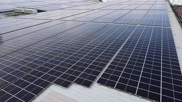 Повече от една трета от електроенергията в света идва от ВЕИ