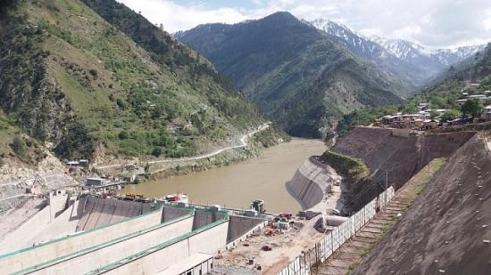 Пакистан изгражда водноелектрическа централа с мощност 4320 MW