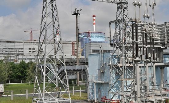 Първи блок на Хмелницката АЕЦ е свързан към електроенергийната система