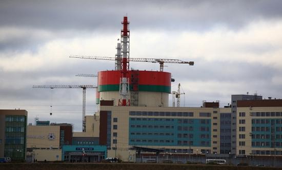 На площадката на Първи енергоблок на Беларуската АЕЦ е доставено ядреното гориво за първоначално зареждане в реактора