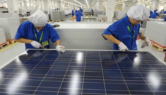 Пандемията се отразява на износа на продукцията от китайската слънчева промишленост