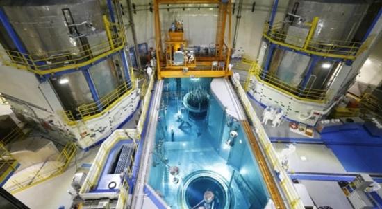 """Китай – АЕЦ """"Тянван"""" – Реакторът на строящия се пети енергоблок бе зареден със свежо ядрено гориво"""