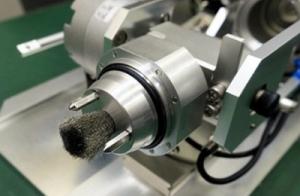 Започна производството на робота-прахосмукачка, който ще извлича стопилката от горивото във Фукушима