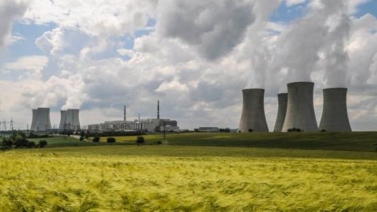 """Чехия – Правителството одобри безлихвен заем на ЧЕЗ за изграждането на нов енергоблок на площадката на АЕЦ """"Дуковани"""""""