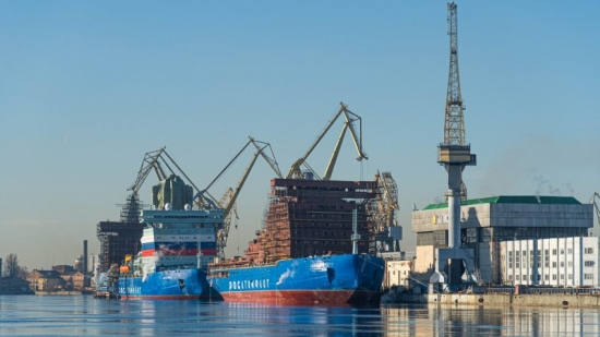 Започна ли ледоразбивачната надпревара между корабостроителите на САЩ и Русия?