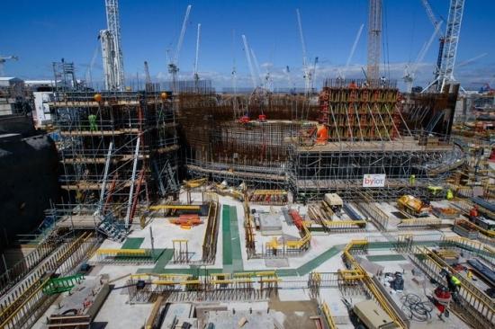 Готовността на атомната електроцентрала Hinckley Point C, която се изгражда във Великобритания, е 38%