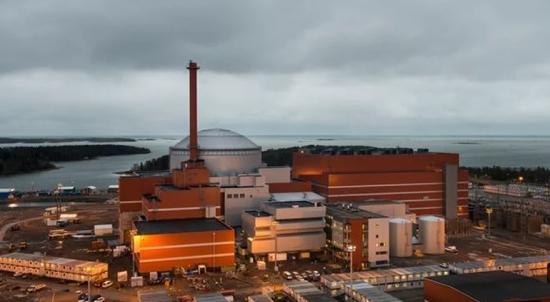 """Финландия / Работна група призовава за """"цялостна реформа"""" на законодателството в областта на ядрената индустрия"""