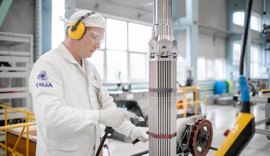 """Унгария – АЕЦ """"Пакш"""" ще получи първа новата модификация руско ядрено гориво"""