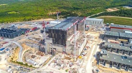 На 27-ото заседание на Съвета ITER беше разгледан напредъкът на проекта по пътя към първата плазма