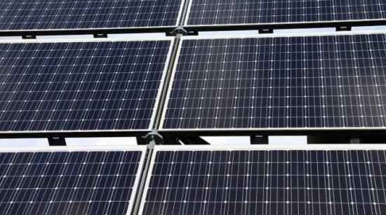 Израел – Токът от хибридните слънчеви електроцентрали ще бъде с рекордно ниска цена