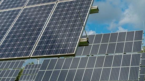Франция планира 1 GW слънчев парк със съхранение на енергия и производство на водород