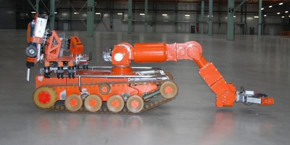 Робот ще разглобява уран-графитни реактори (РБМК-1000)